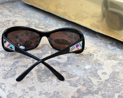 des lunettes bijoux