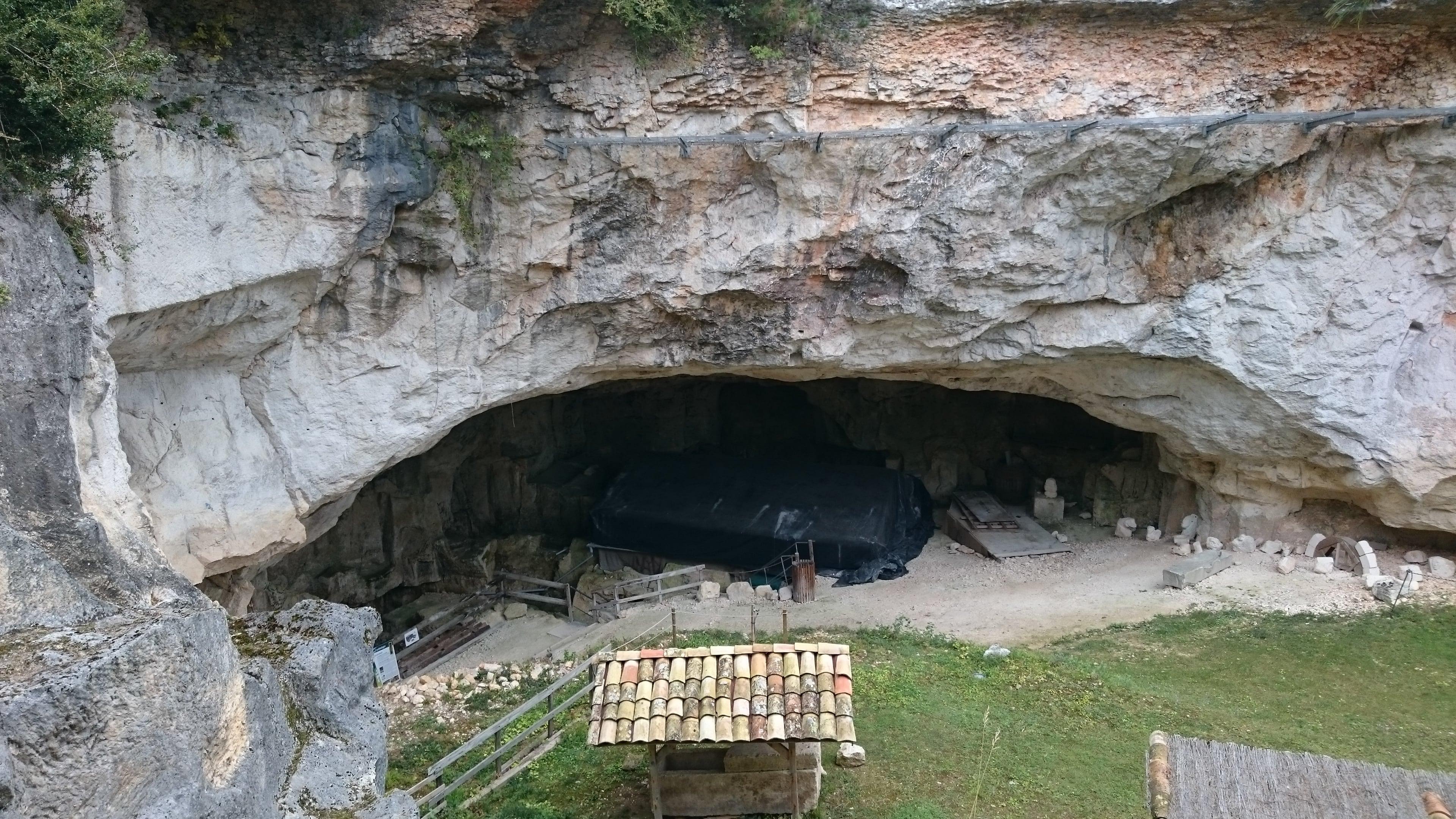 Cavité d'extraction des sarcophages