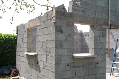 Accueil construction d 39 un abri de jardin for Poser un appui de fenetre prefabrique