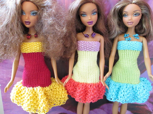 Robes multicolores pour barbie