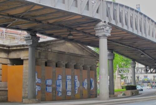 Zoo Project détache toi street-art palissade 1