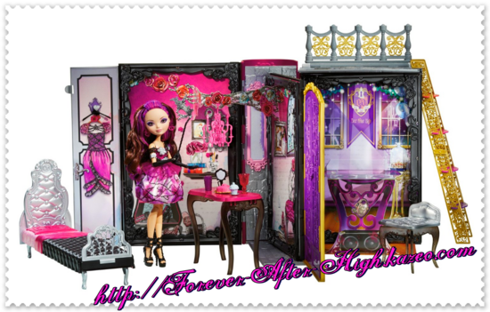 photo-commercial-briar-beauty-throne-coming-doll-playset (1)