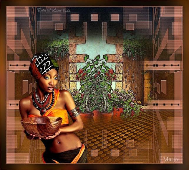 AF0013 - Tube femme africaine
