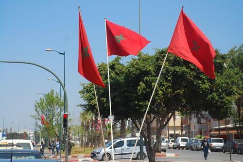 Des drapeaux partout