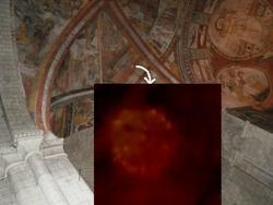 2 orbes dans l'eglise de St Macaire