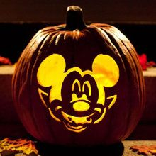 Sculpture Mickey vampire pour citrouille