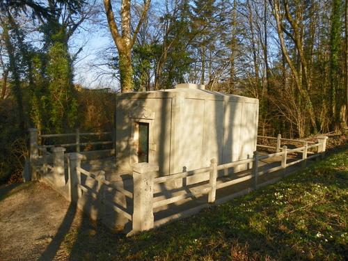 Le tombeau de Georges Girerd