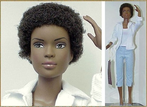 "Tonner Doll_Esme ""Check this Out3"