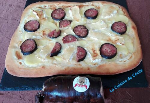 Pizza à l'andouille de Vire