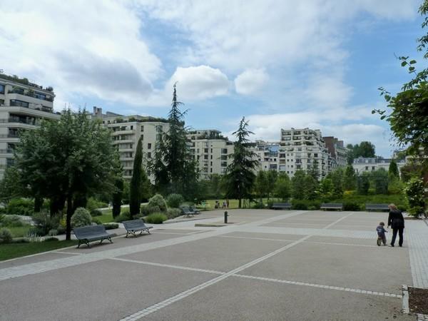 17 - Parc de Passy