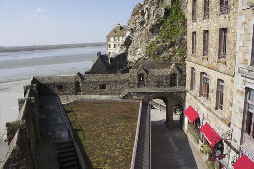porte principale vue des remparts