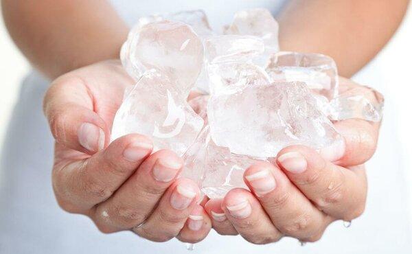 Лечение геморроя с помощью льда