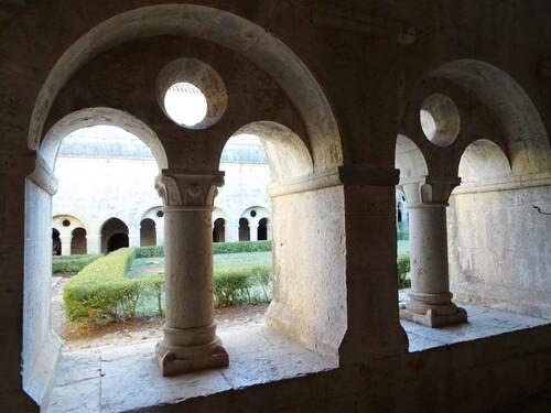 Abbaye du Thonoret en Provence ( photos)