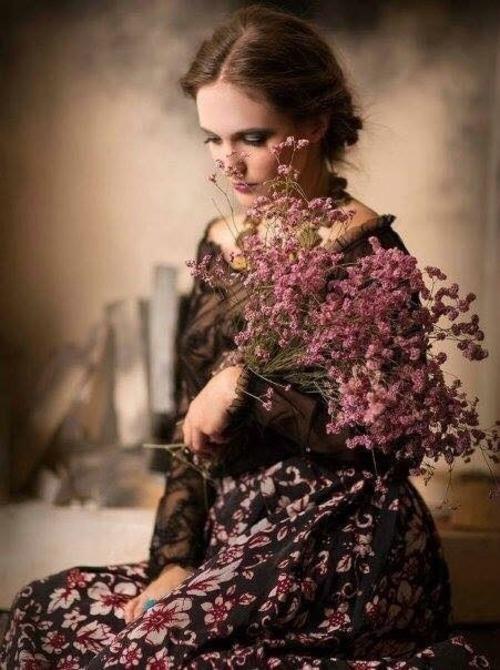 Femmes et fleurs