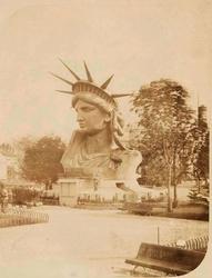 La tête à l'exposition de 1878