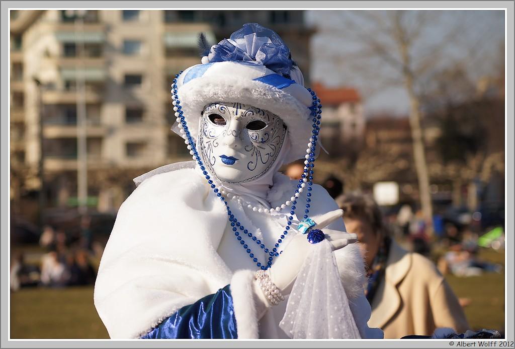 Annecy, carnaval vénitien (blanc)