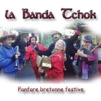 Troupe bretonne festive pour la rue