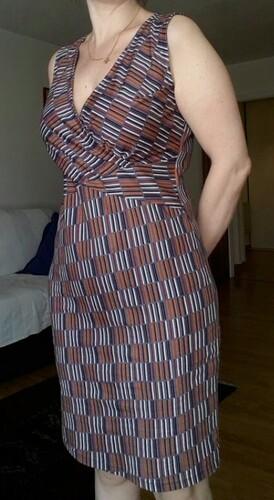 Coudre la robe cache-coeur de la revue numéro 15 du Fashion Style