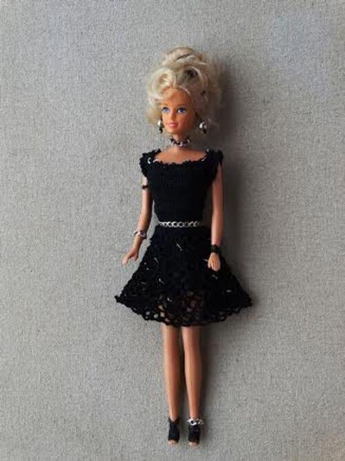 Défilé de vos créations /stylistes  2015: la petite robe noire (3)