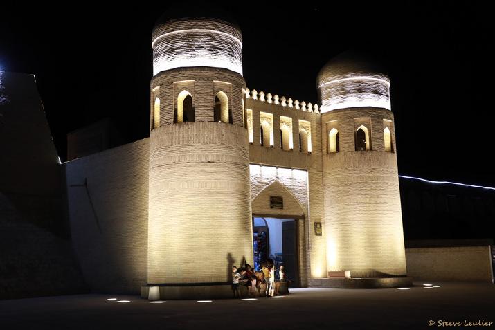La porte Est d'Itchan Kala, Khiva