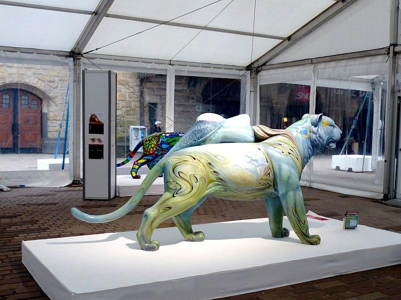 Metz / Dix tigres dans la ville - Zoo d'Amnéville...