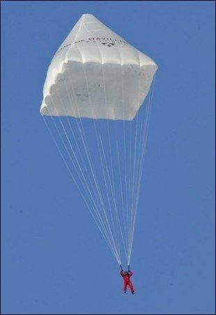 parachute2008_leonardVinci.jpg