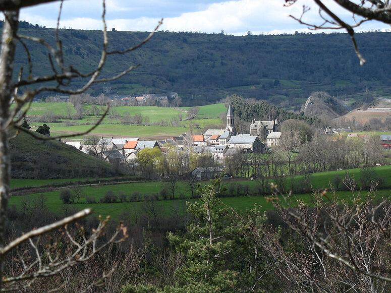 Vieux bourg de Neussargues.