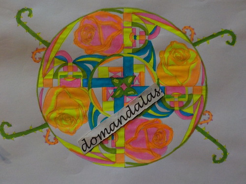 DOMANDALAS  coloriage mandala des 4 roses