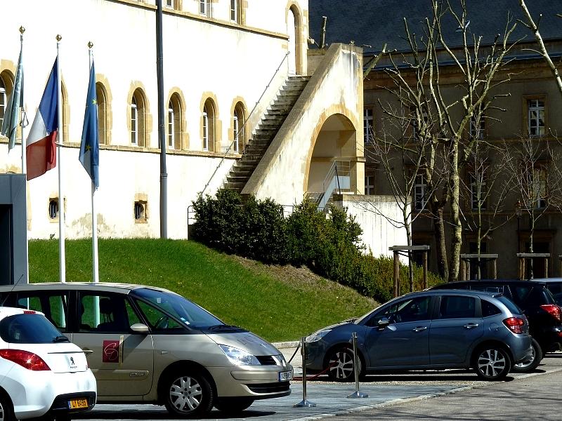 """Metz / L'hôtel """"La Citadelle"""" dans le quartier de l'Arsenal..."""