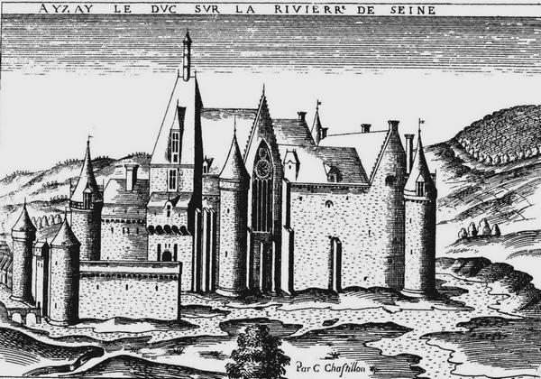 Le château d'Aisey le Duc, présenté par Pierre Roy...