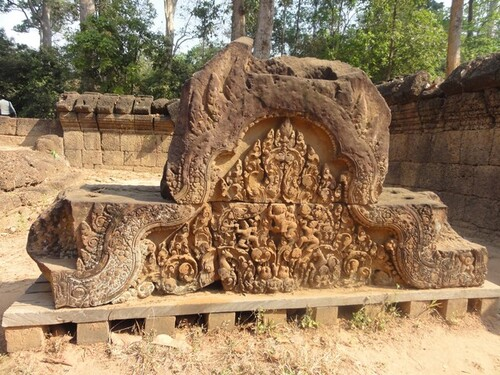 18 février: Angkor hors circuit