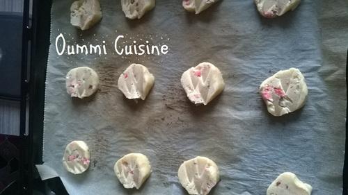 cookies aux pralines roses et noisettes