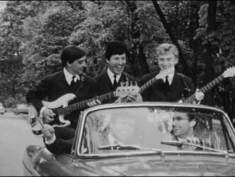 13 juin 1964 / TAMBOUR BATTANT