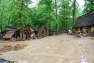 Guédelon le village