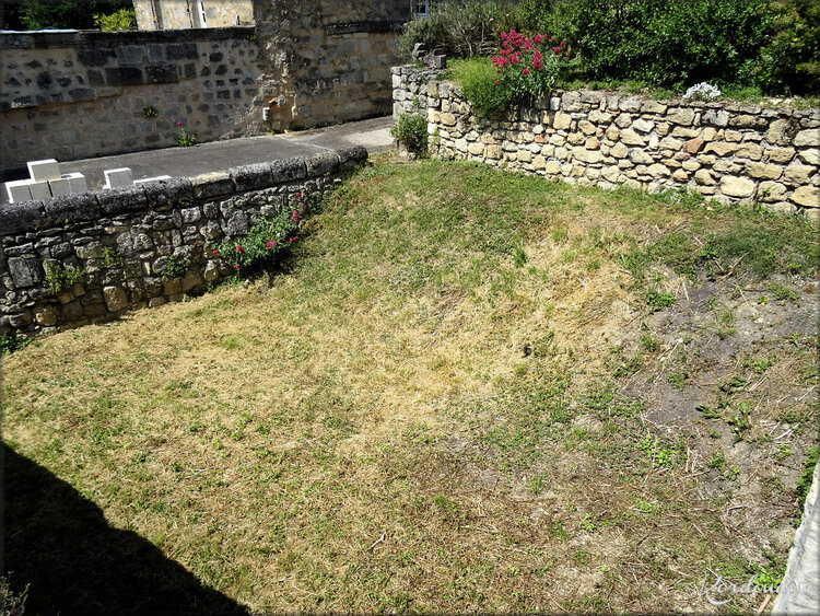 Photos de la basse cour - Château médiéval de Langoiran