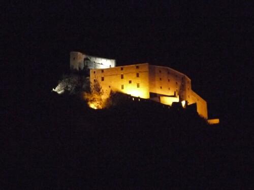 La citadelle illuminée