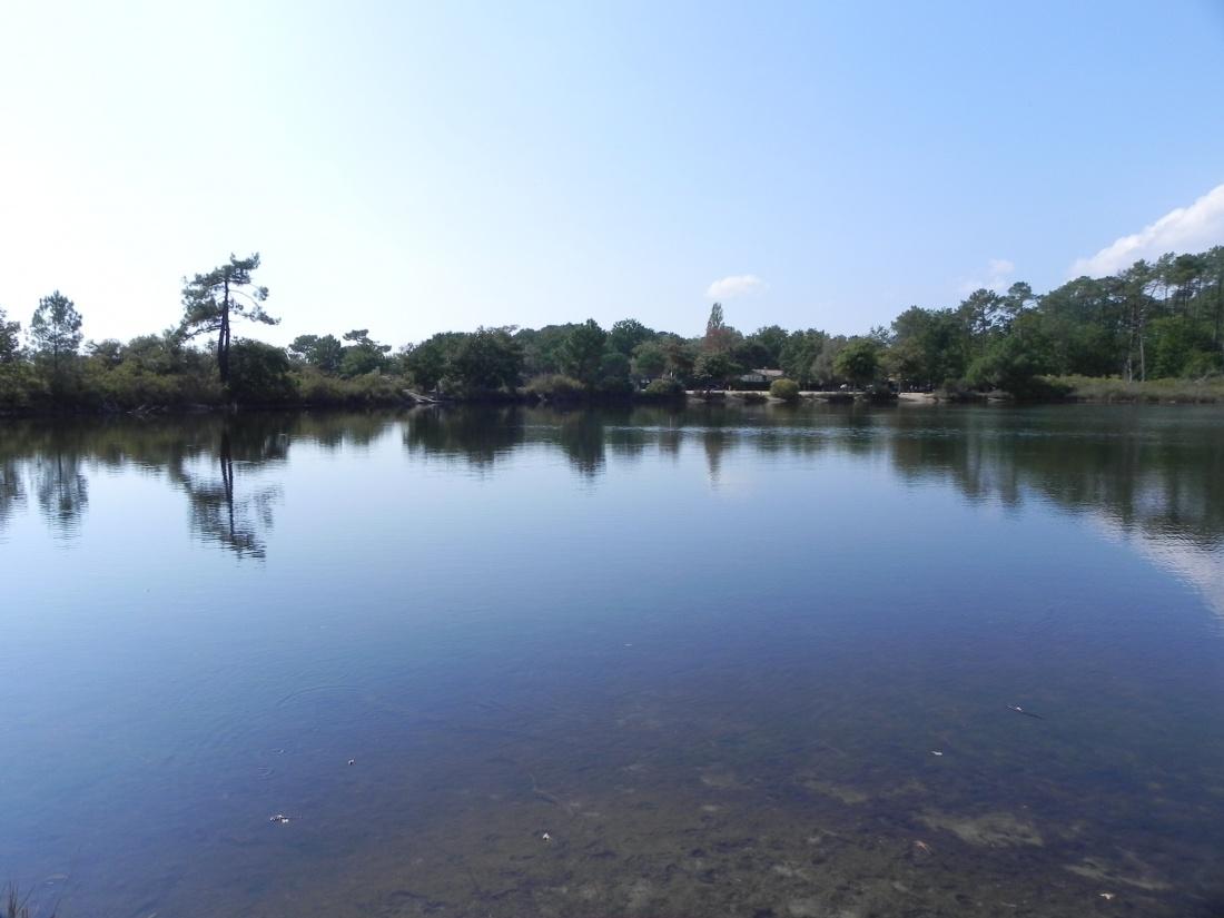 le lac pour la baignade à Andernos 33