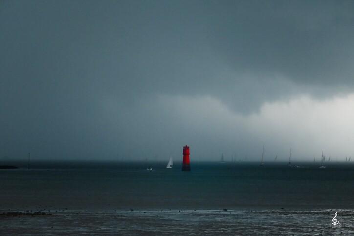 L'orage guette