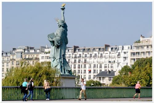 Paris. Statue de la liberté.