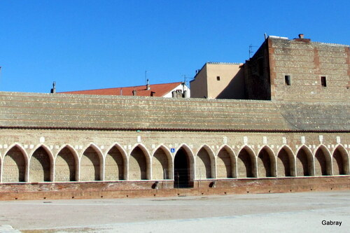 Perpignan: le Campo Santo ...