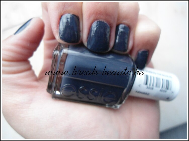 ღ Vernis | Bobbing for baubles