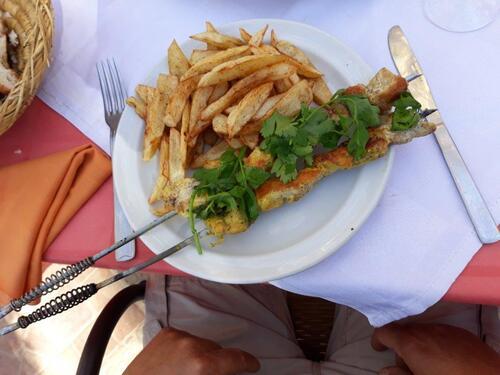 Brochette de volaille, frites