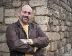 Emmanuel Fontaine, votre guide passe-murailles