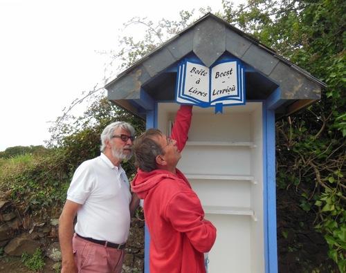 Une boîte à livres à coeur ouvert