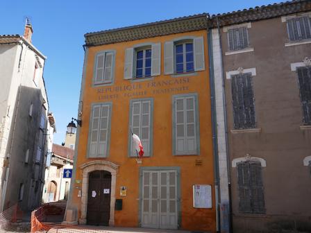 Une mairie bien colorée