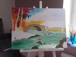 Rivière courante en automne