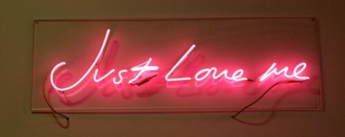 Tracey-Emin--Just-love-me--neon.jpg