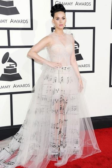 Grammy Awards : Tous les Looks ne riment pas forcément avec bon goût... katy perry, valentino
