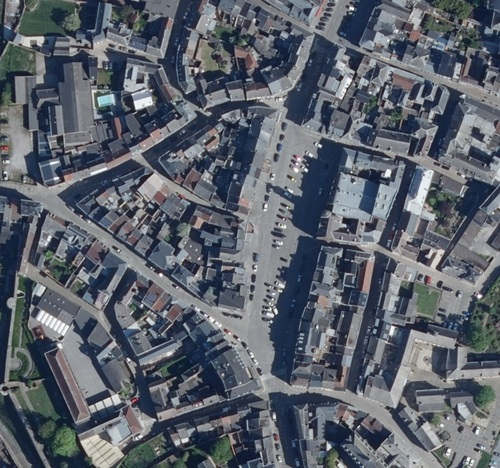 Binche - centre-ville en 2020 (geoportail.wallonie.be)