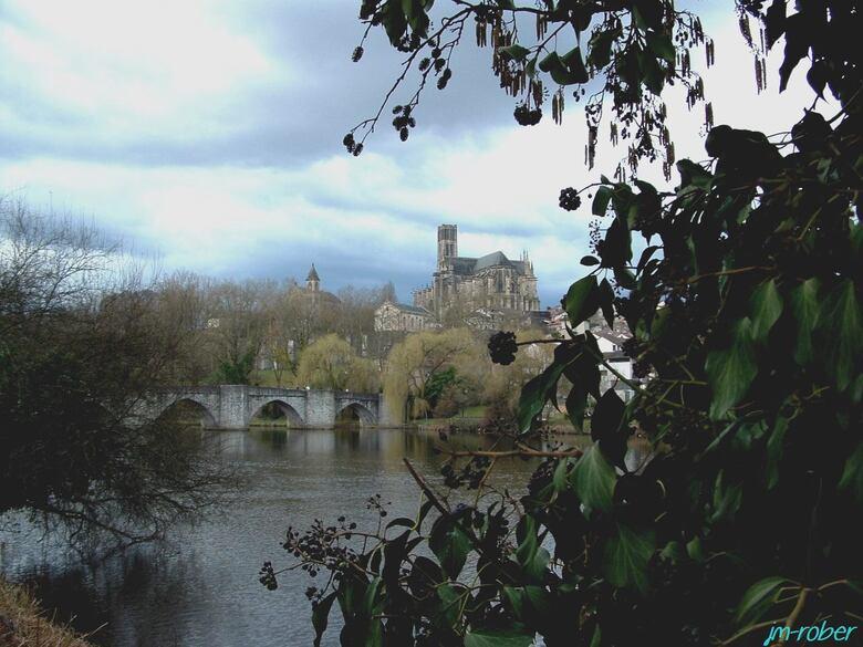 Limoges et ses bords de Vienne, juste pour un reflet